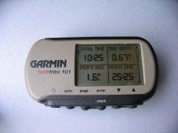 garmin foretrex 101 gps review backpacking light rh backpackinglight com garmin foretrex 101 manuale italiano garmin forerunner 101 instructions