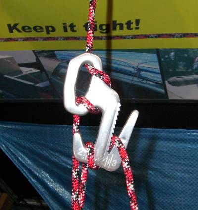 Night Ize Figure 9  Rope Tightener (Outdoor Retailer Summer Market 2006) - 1