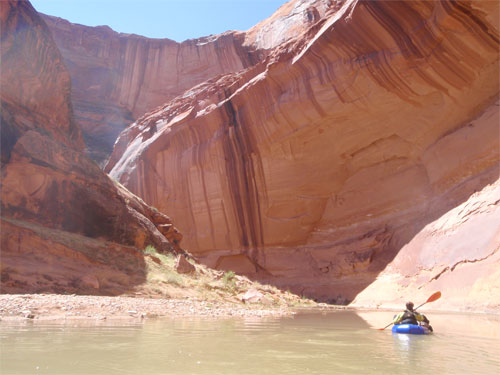 Packrafting Utahs Escalante River in Late March - 8