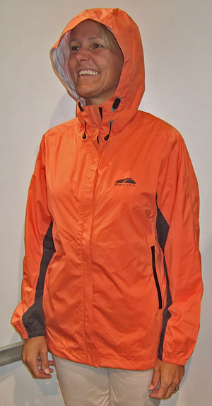 Lightweight Pertex Shield Rainwear Hitting the Market (Outdoor Retailer Summer Market 2009) - 4