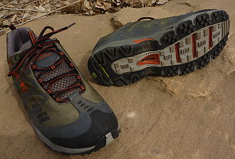 Light-Weight Mid-Height Trail Shoes: Montrail - 1