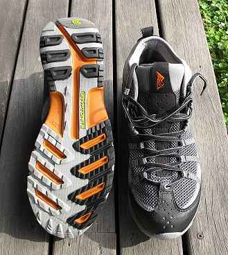 Light-Weight Mid-Height Trail Shoes: Montrail - 3