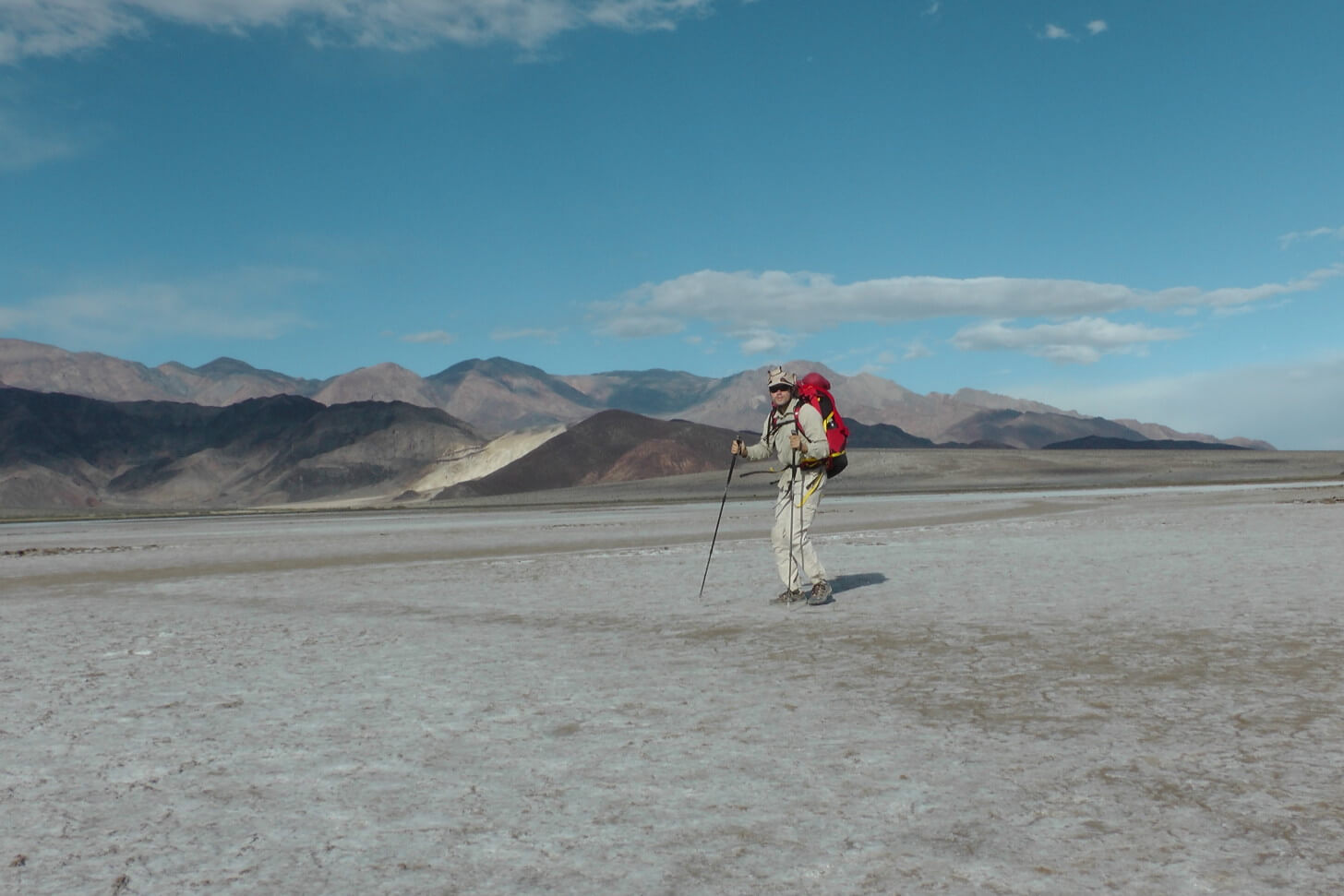 Louis-Philippe Loncke Hiking Unsupported Death Valley Expedition