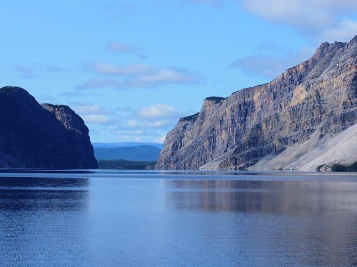 Nahanni River by Canoe: Cliffs along Doc Lake