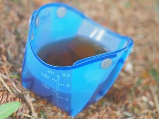 fozzils foldable ultralight dishware: half full fozzils cup