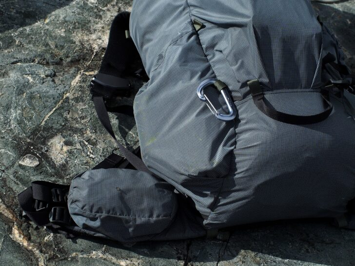 Seek outside flight one review: Minimal wear on the pack after use in rugged terrain