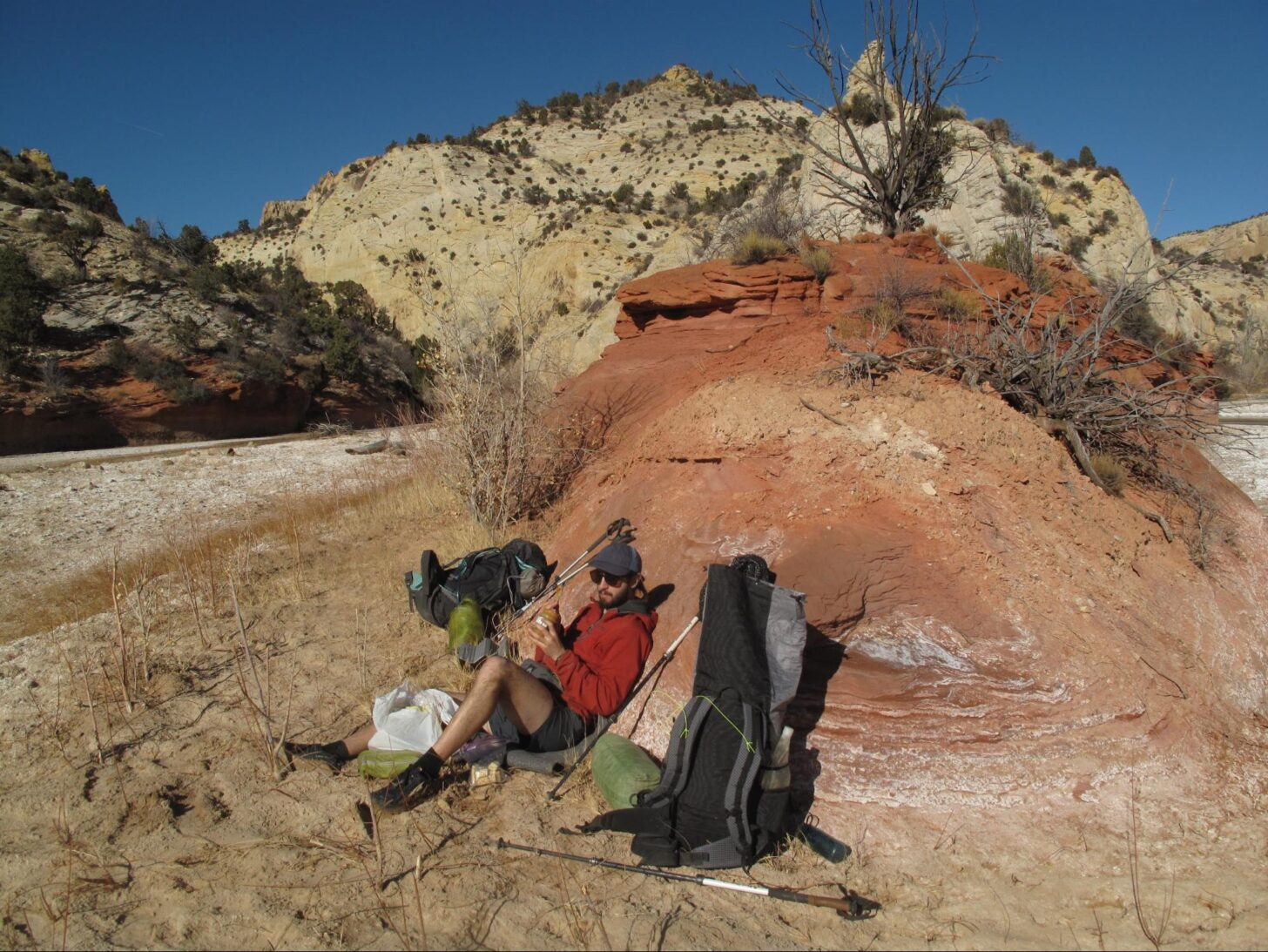 Lunch at the confluence of Sheep Creek and the Paria River.