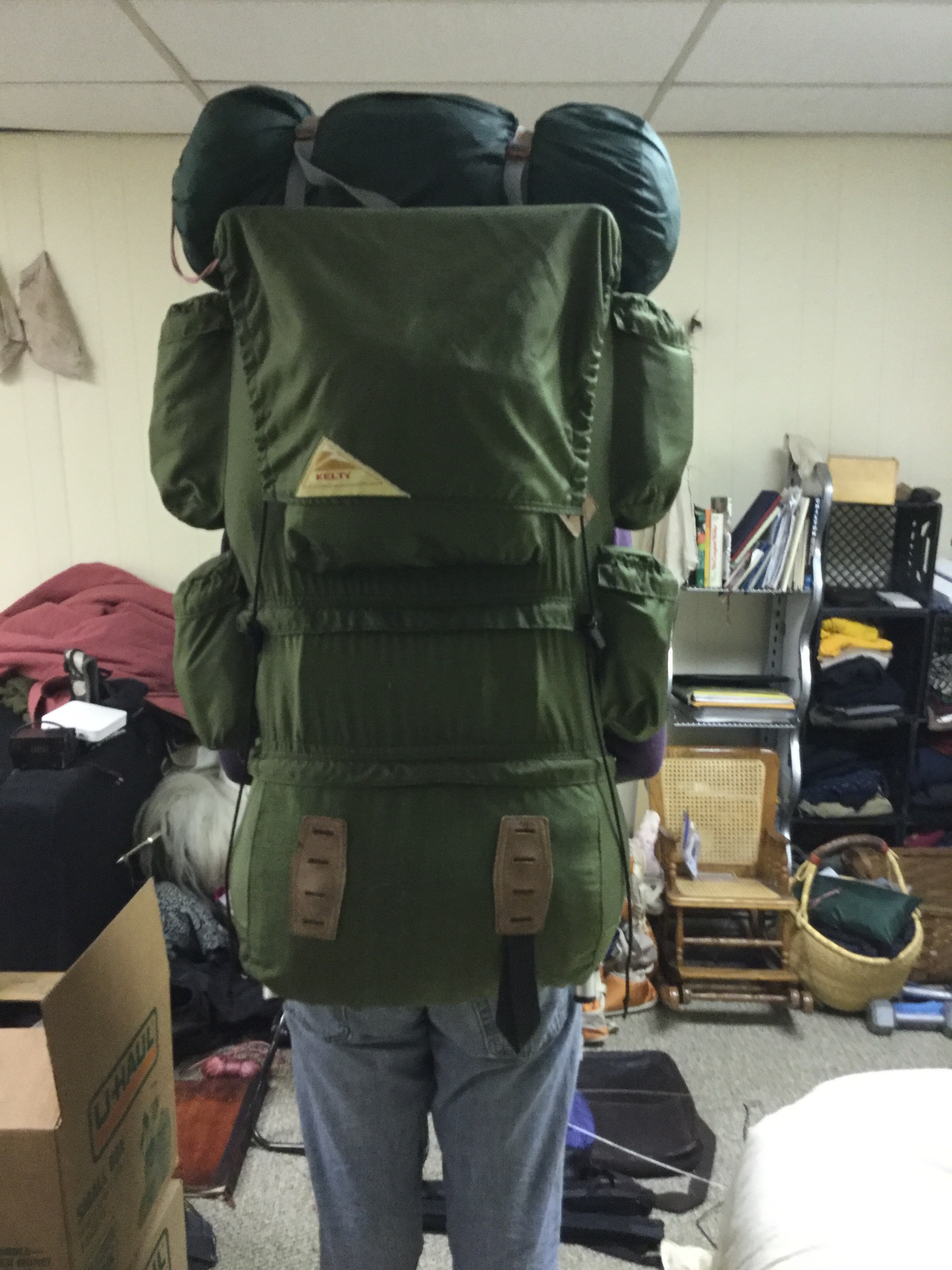i had a deuter rain cover lying around so i thought id see if it fit it very nearly does - External Frame Backpacks