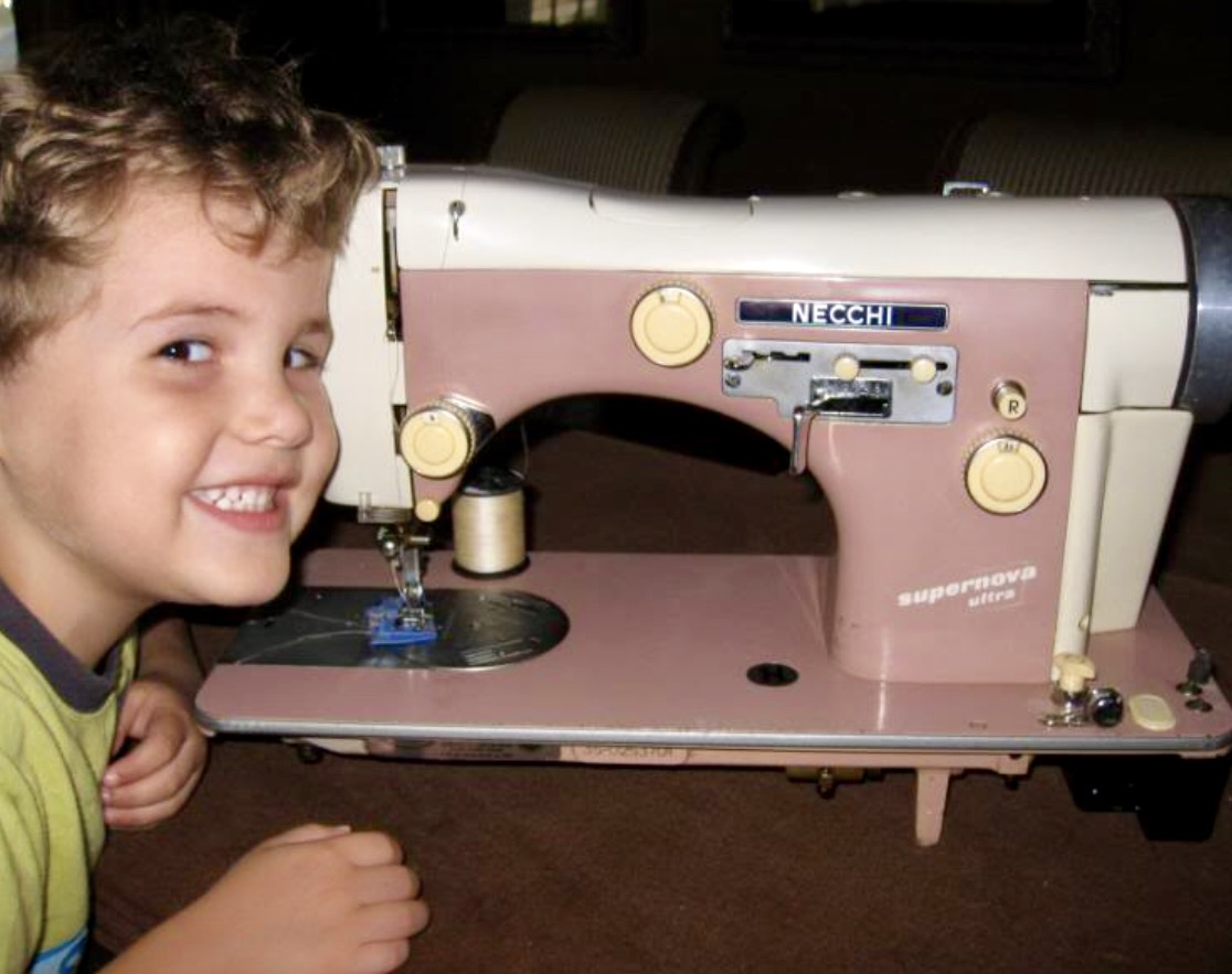 Show Us Your Myog Sewing Machines Backpacking Light Necchi Supernova Machine Threading Diagram Vintage This Is One Of My Its A In Pink I Also Have Singer Rocket 500a As Well Id Like To Sell Them Both Would Be Able