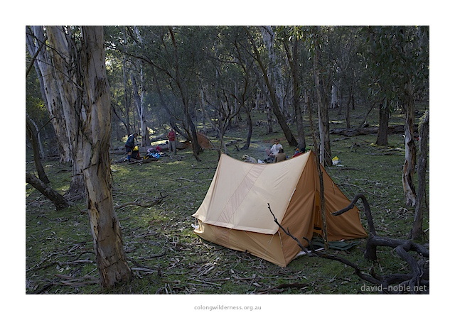 several versions were made but all somewhat similar to that including one similar to the Whelen tent.  sc 1 st  Backpacking Light & Storm-proofing the Side Panel on a lightweight A Frame Design ...
