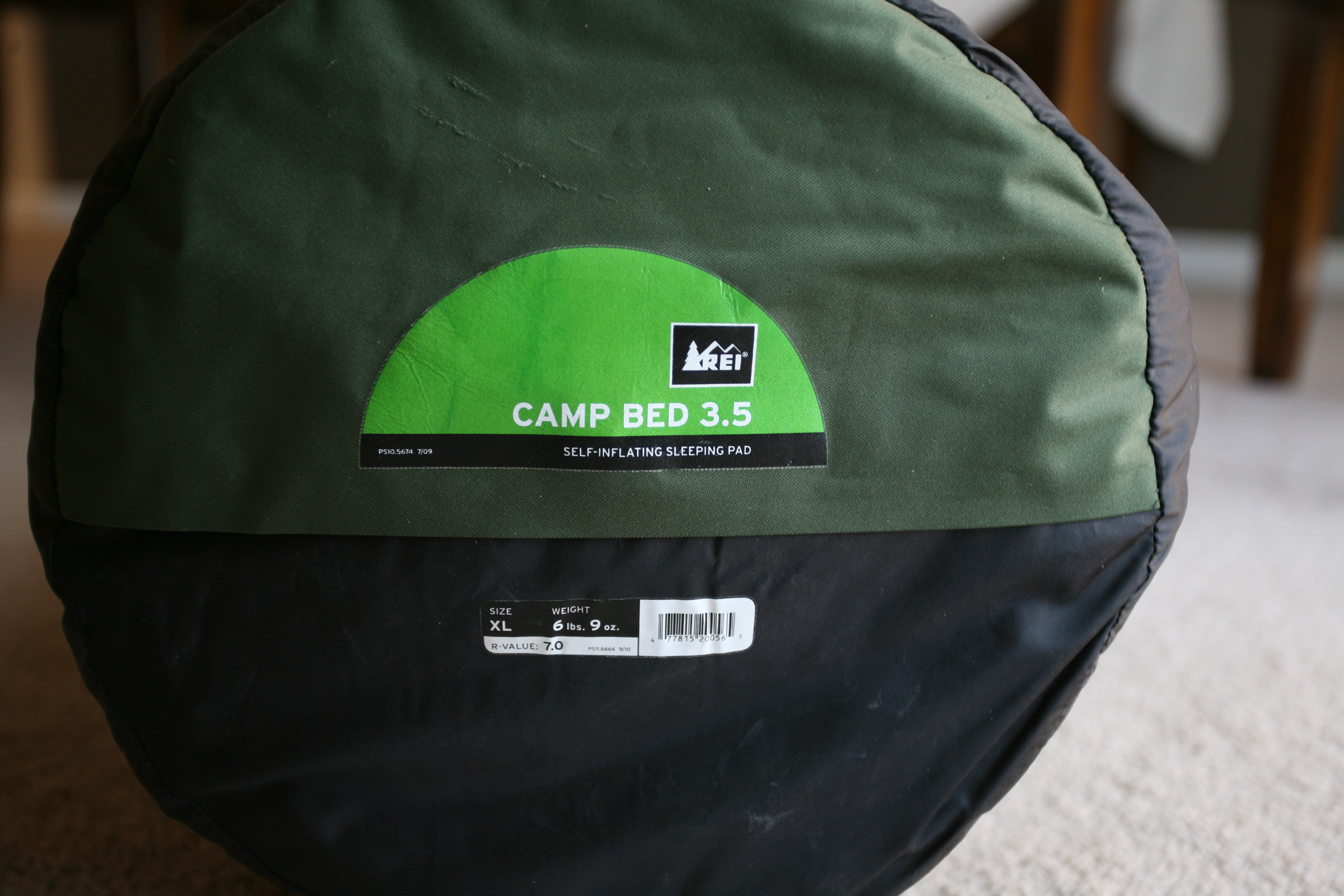 rei camp bed 3.5 - size xl - used only once - great camping pad