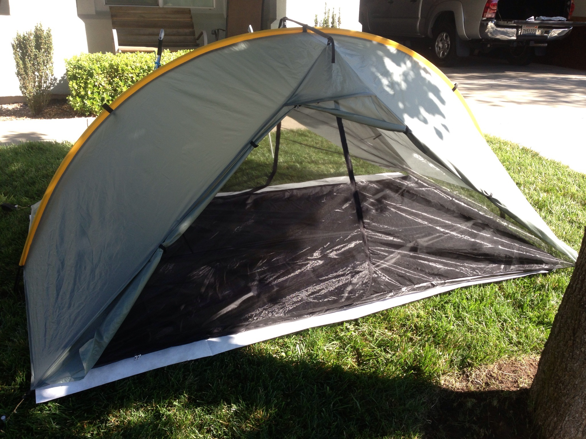 Iu0027m selling my Tarptent Double Rainbow for $280.00 shipped Conus (You pay PayPal fees). It comes with the liner the aluminum pole and nine stakes (I ... & Fast: Tarptent Double Rainbow - Backpacking Light